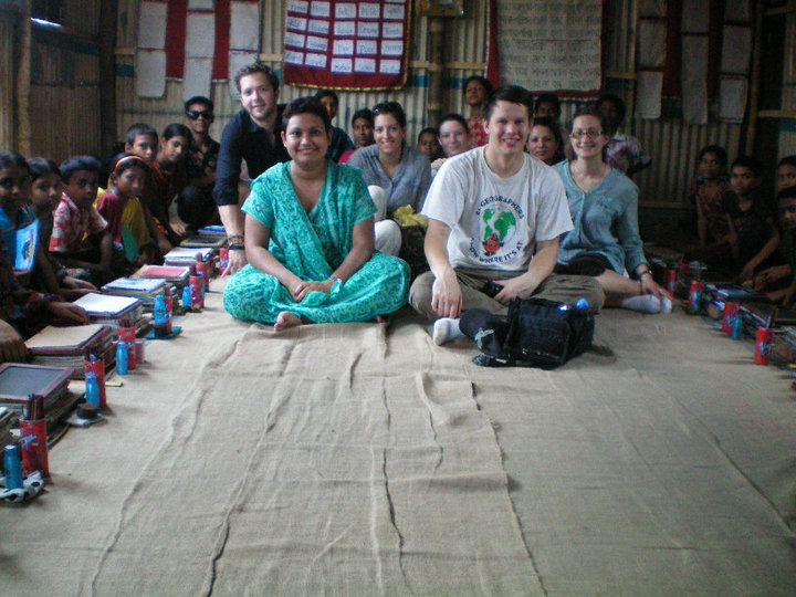 Dr. Farhana Sultana and students of Syracuse University during a field course in Dhaka, Bangladesh, 2010